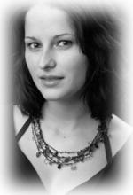 Nina Schulterobben